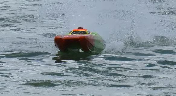RC boats For Choppy Water